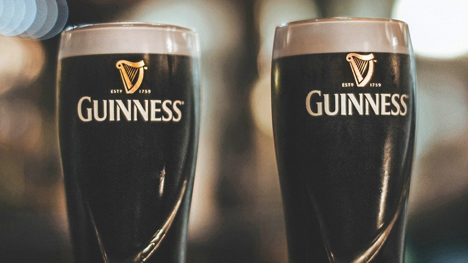 ST PATRICK'S DAY KNEES-UP