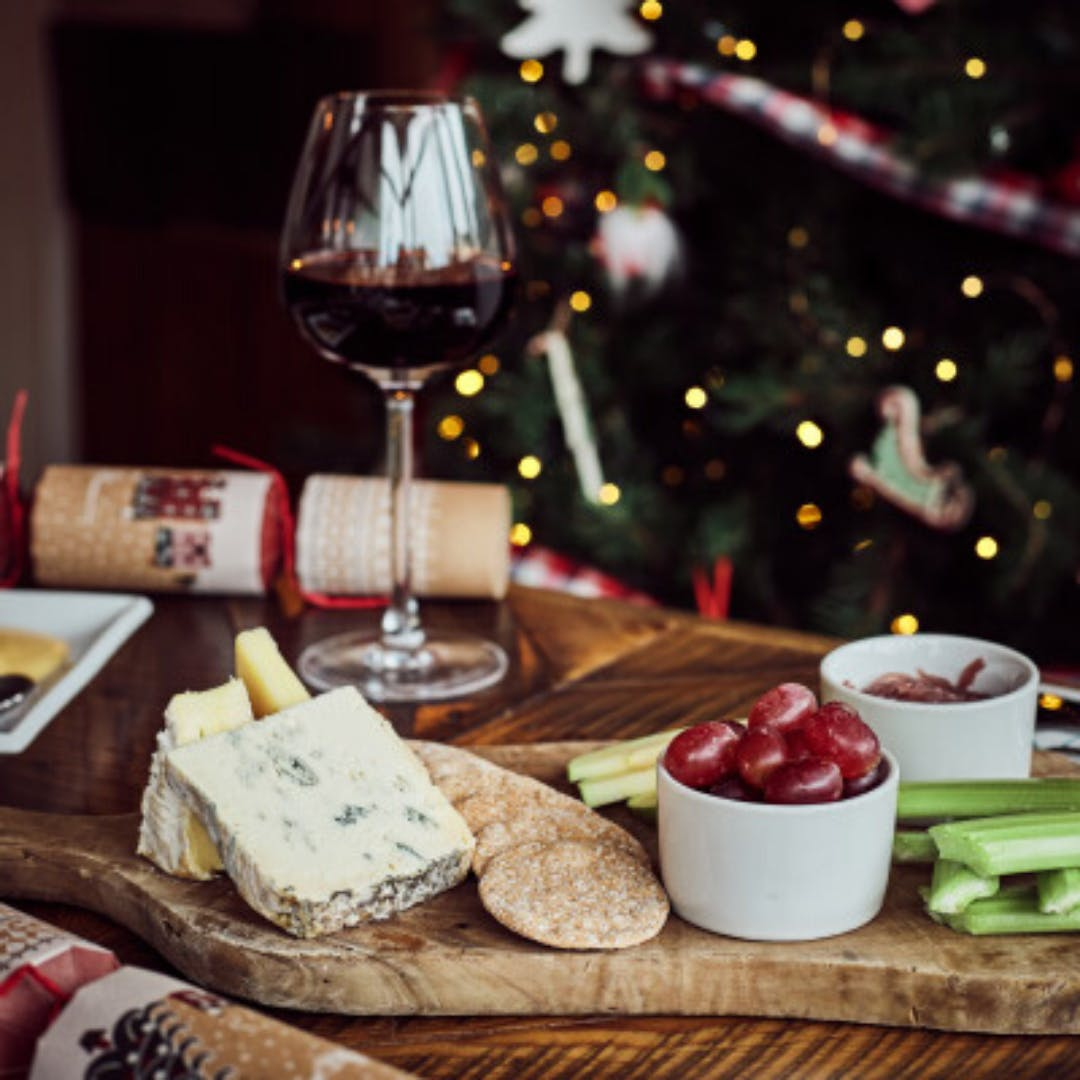 FESTIVE CHEESE AND WINE