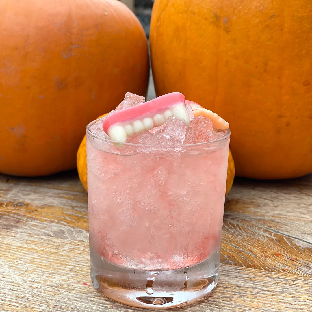 HORRIFYING HALLOWEEN TIPPLES